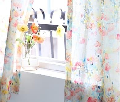 ふわふわと、ピュアなお花が漂います。お花のカーテン~ヒナゲシ~ オレンジ